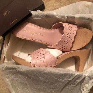 Brand new Louis Vuitton slip in sandals